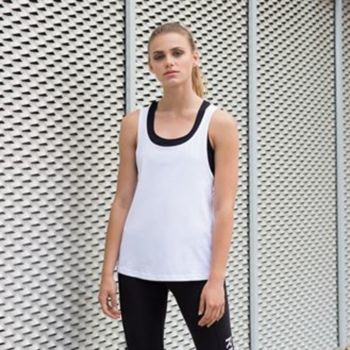 Women's fashion workout vest Thumbnail